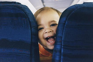 baby_on_plane_1